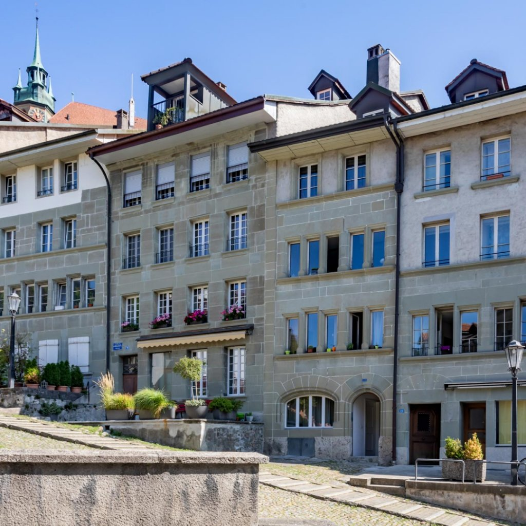 Crowdfunding's first real estate transaction in the canton of Fribourg